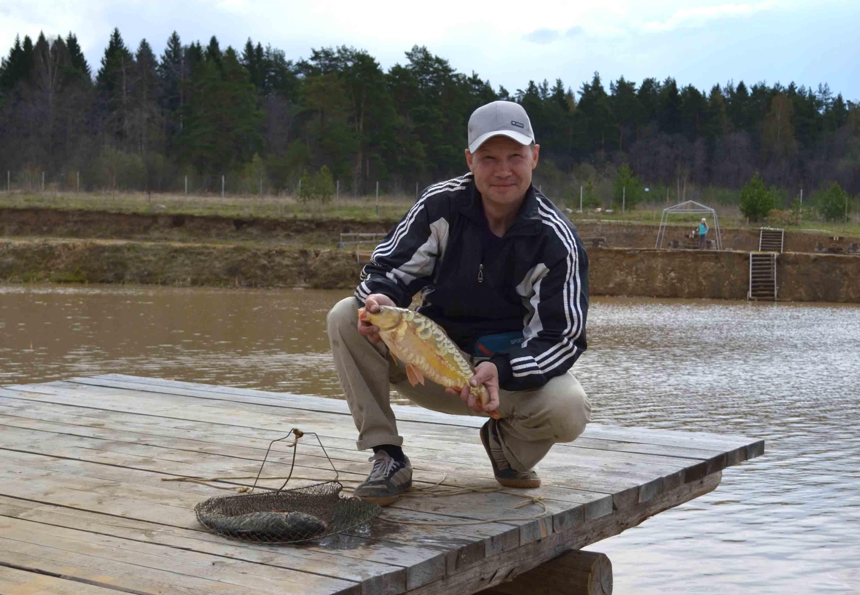 на что ловить толстолобика осенью